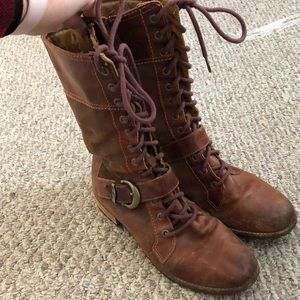 Timberland lace up boots with side zipper